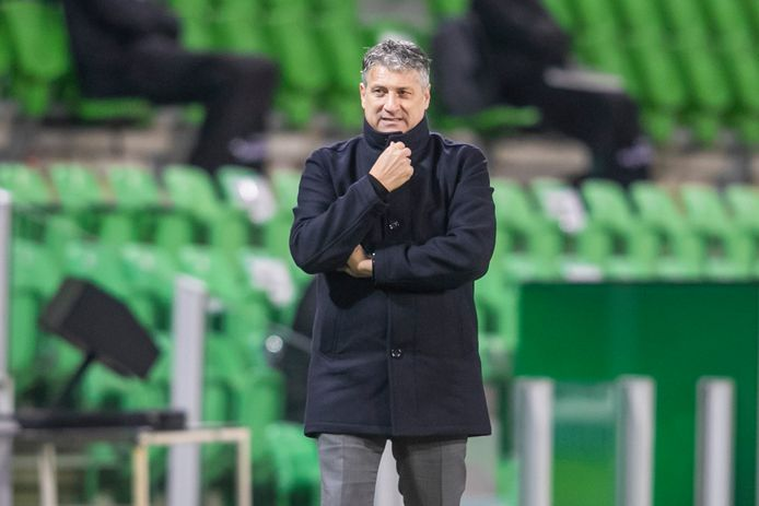 ADO-coach Ruud Brood gaat drastische maatregelen nemen.