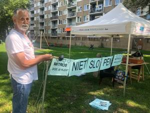 'Leeuw' Pedro (74) vecht voor zíjn woning op het mooiste plekje van Nieuwegein: 'Ik ga niet weg'