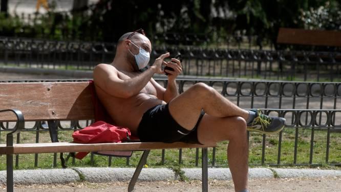 """Lenteweer is slecht nieuws voor het virus: """"Bult in de cijfers smelt als sneeuw voor de zon"""""""