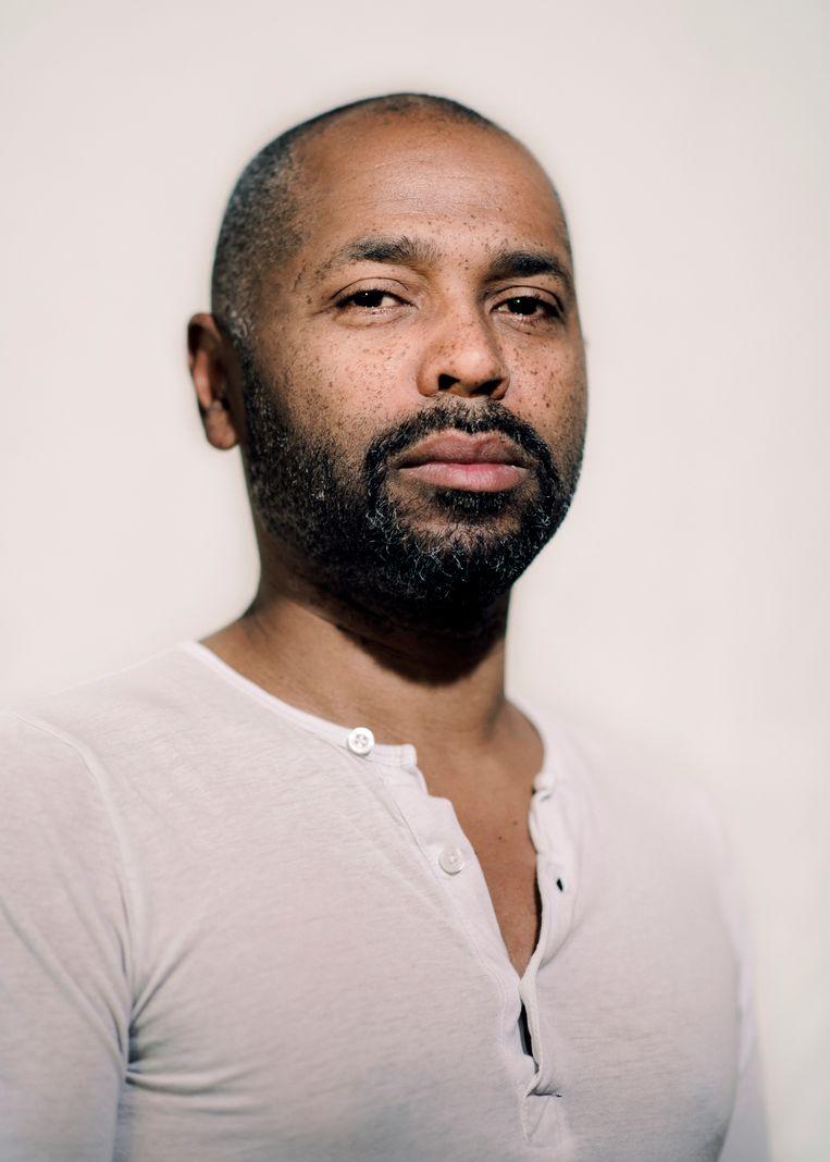 Muzikant Ronny Mosuse: 'Pas toen ik vader werd, dacht ik: ik kan het me niet langer permitteren om te denken dat ik een derderangsburger ben.' Beeld Tim Coppens