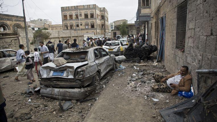 De luchtaanvallen hebben veel onvoorstelbaar veel schade aangericht in Saada, Jemen. Beeld ap