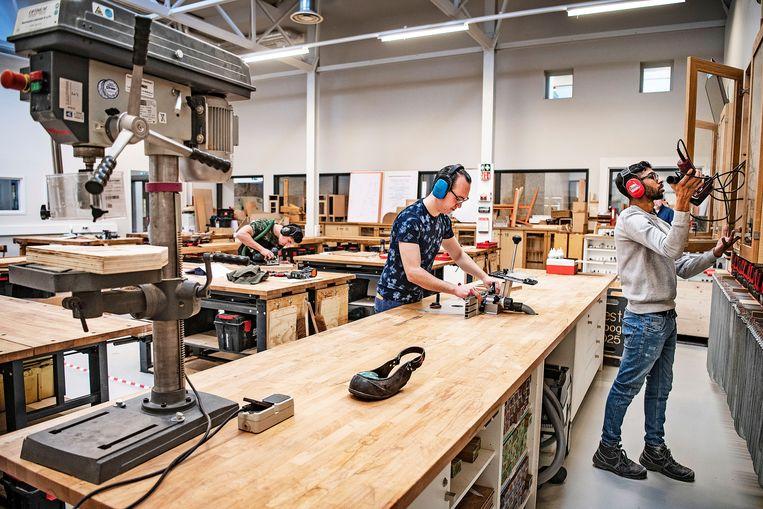 Het MBO hout- en meubileringscollege in Rotterdam.  Beeld Guus Dubbelman / de Volkskrant