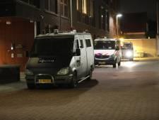 ME opnieuw zichtbaar aanwezig in Roosendaal, winkelpanden dichtgetimmerd in Breda en Bergen op Zoom