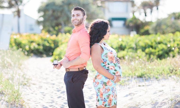 Verrassend Zoet: man vraagt vriendin stiekem ten huwelijk tijdens fotoshoot LT-25
