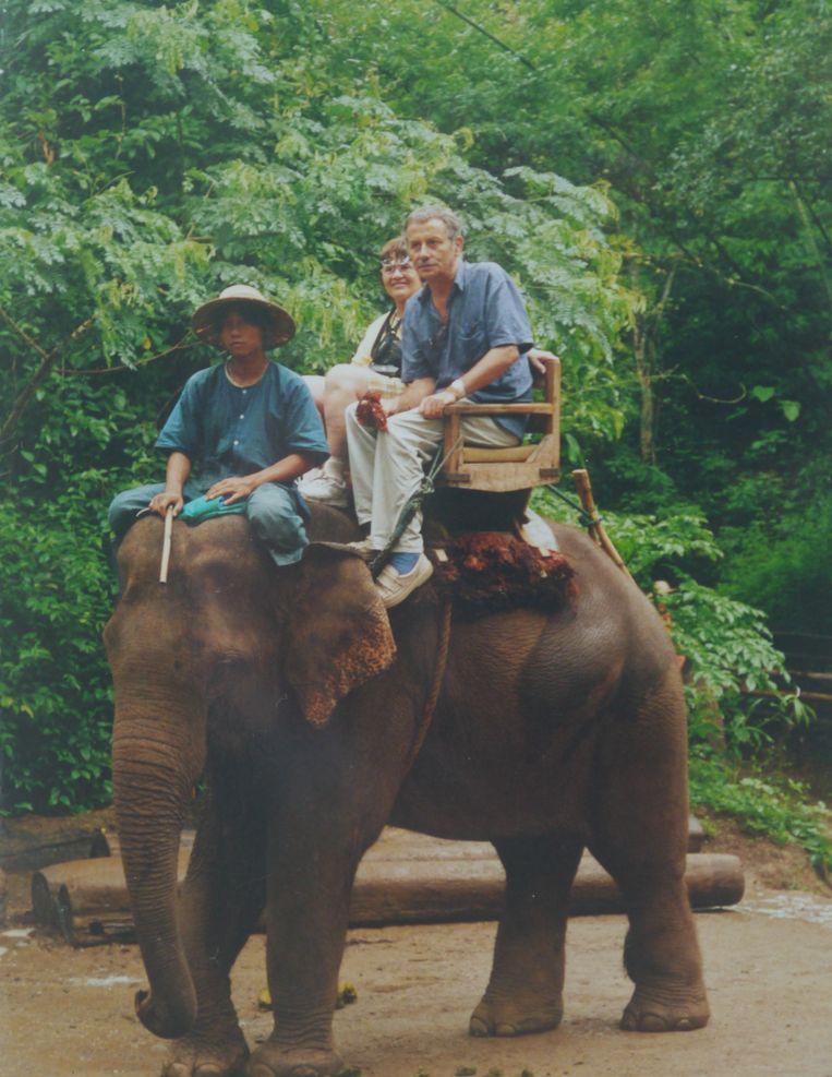 Willemijn Sizoo met broer Hans in Thailand. Beeld Familiearchief
