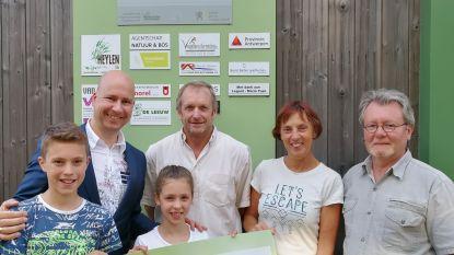 Stad Geel schenkt 1.000 euro aan opvangcentrum voor vogels en wilde dieren