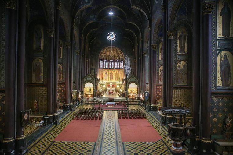 De binnenkant van de prachtige Sint-Annakerk.