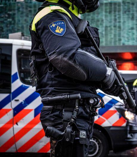 Ex-VVD'er Ronald L. opgepakt na intimideren journalisten en politie: 'Je kunt maar beter vluchten'