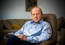 Longkankerpatiënt Peter Lems vindt dat middelen onmiddellijk beschikbaar moeten zijn voor patiënten.