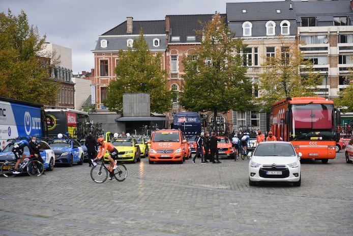 Ook dit jaar zit een bezoek aan het wielerdorp er niet in bij de start van de Brabantse Pijl op 14 april.