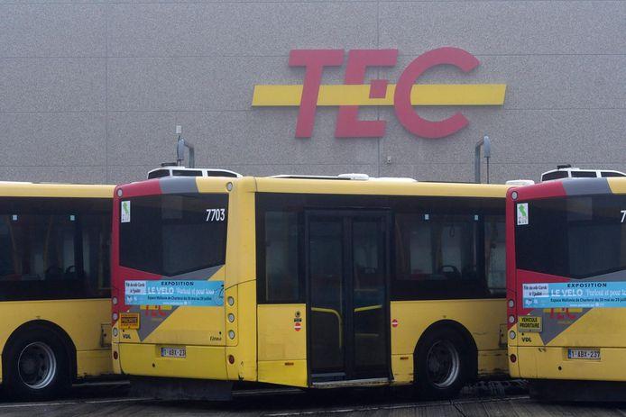 Les bus du TEC Charleroi sont restés à l'arrêt ce matin au dépôt de Jumet.