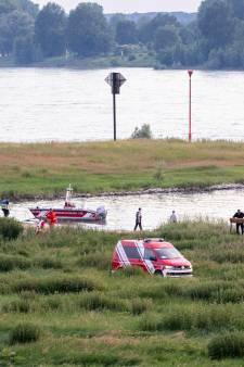 Achter vondst lichamen in Waal schuilt een Duits drama: tieners (13 en 14 jaar) doken even de Rijn in
