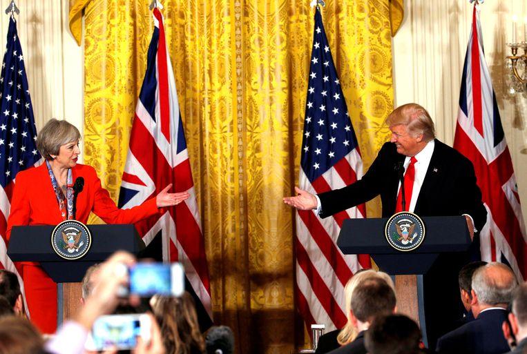 Trump met de Britse premier Theresa May in het Witte Huis in januari. Beeld REUTERS