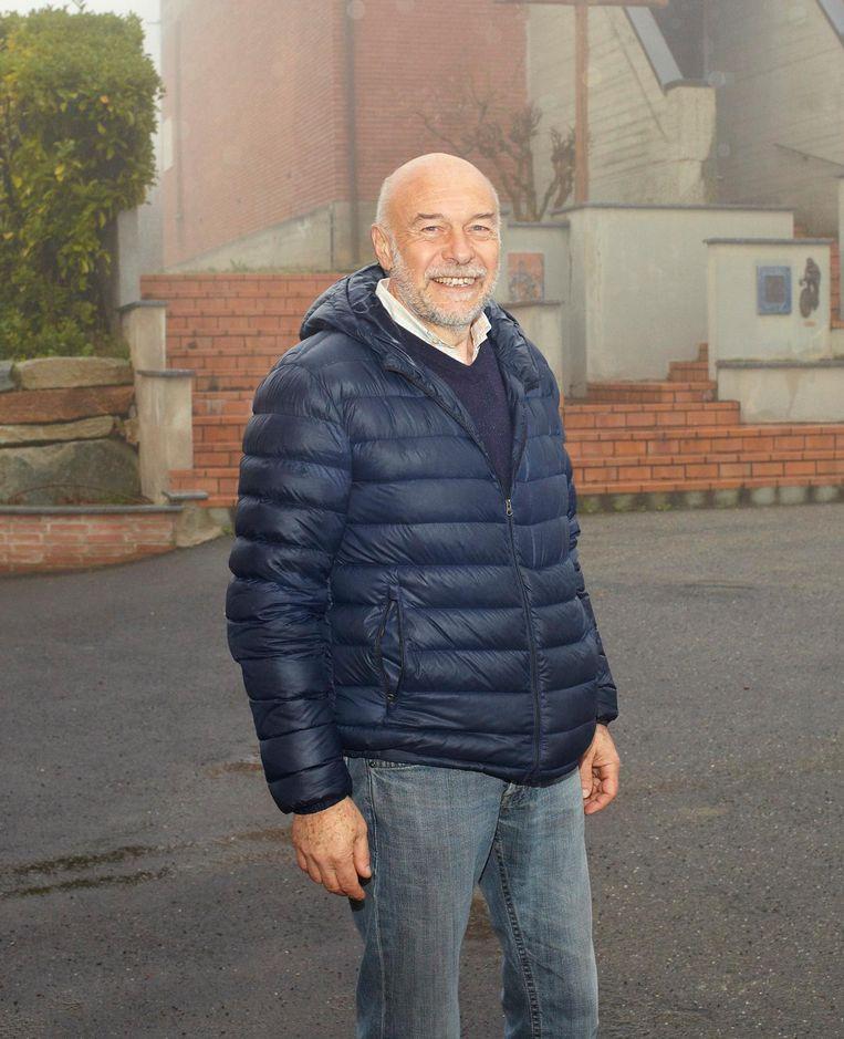 Burgemeester Sergio Vallenzona van Castellania, het dorp waar Coppi ligt begraven. Beeld Daniël Cohen