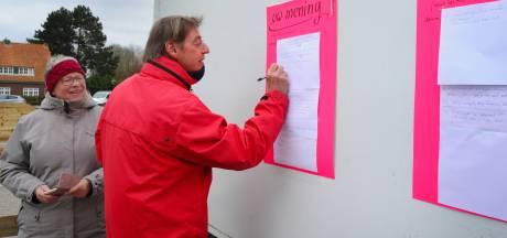 Missie geslaagd: bezoekers aan stadje Veere maken rechtsomkeert na zien van parkeertarieven