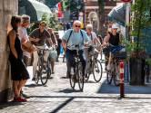Dag, Utereg! Burgemeester Jan van Zanen neemt op de fiets afscheid van 'zijn' stad