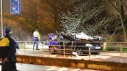 Twee doden en zwaargewonde bij zware crash in Deurne