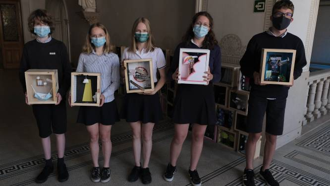"""Leerlingen Sint-Ursula-Instituut maken 'coronakunst': """"Met eenzaamheid, mondmaskers en natuur als thema's"""""""