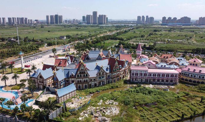 Ook dit project in Taicang moet wachten tot de hemel weer opklaart.