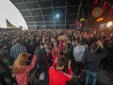 Een paar uur weg uit coronaland: proeffestival in Biddinghuizen is 'ouderwets genieten'