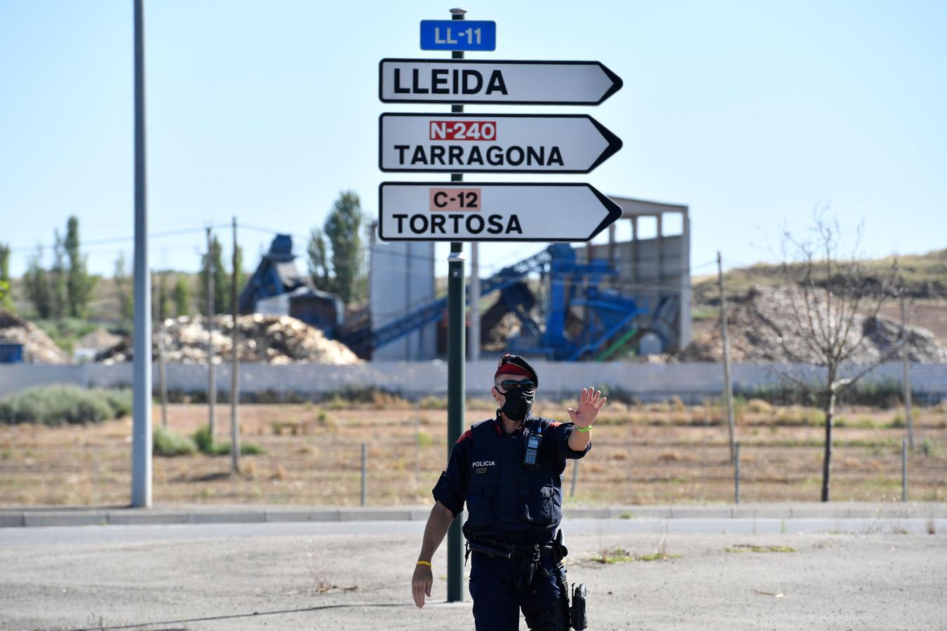 La Catalogne a replacé en confinement quelque 200.000 habitants de cette zone après un regain de contaminations.