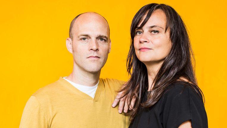Cas Bool en Josien Pieterse van Framer Framed. 'Wat we eigenlijk proberen is de kunstcanon bevragen.' Beeld Eva Plevier