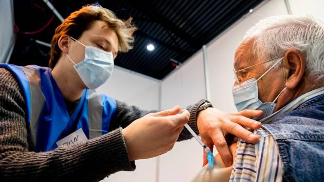 """Nederlands vaccinatieprogramma maandenlang lek: """"Iedereen kon voordringen"""""""