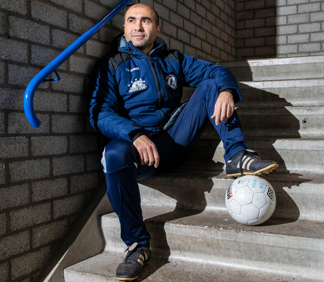 Ercument Metin trainer van VV Haarsteeg