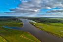 Hier, op een superterp naast het Reevediep tussen rivier de IJssel en de Veluwerandmeren bij Kampen, moet het dorp Reeve komen.