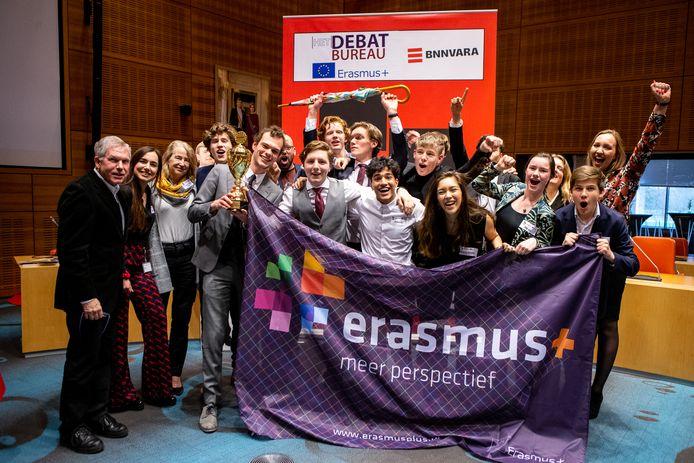 De debaters van het Etty Hillesum Lyceum uit Deventer.