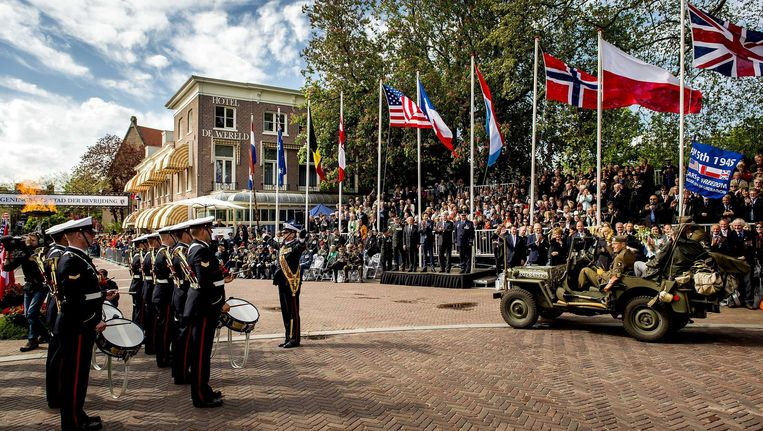 Zo werd Bevrijdingsdag dit jaar in Wageningen gevierd. Frankrijk, het Verenigd Koninkrijk en Nederland vieren dat allemaal rond 8 mei. Beeld EPA