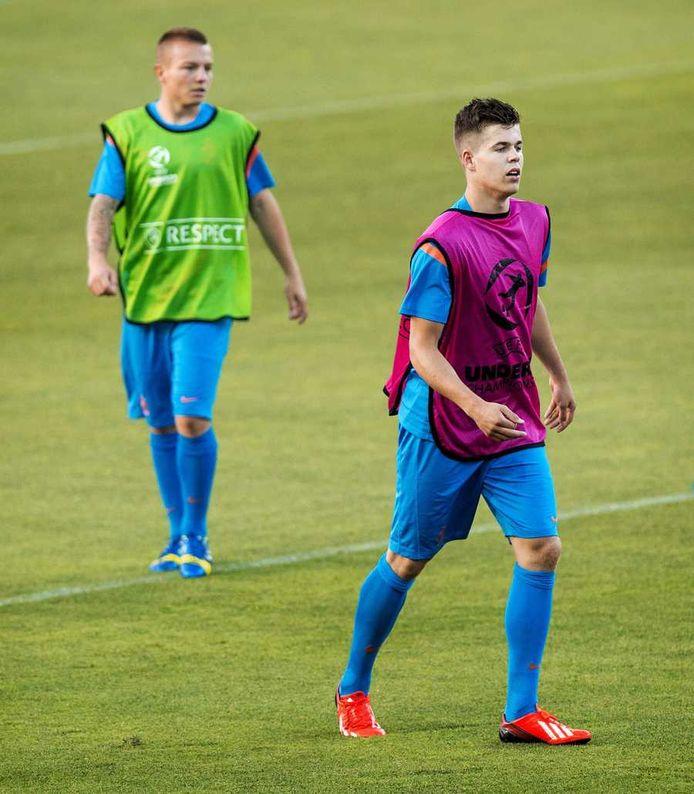 Clasie en Van Ginkel op de training van Jong Oranje.