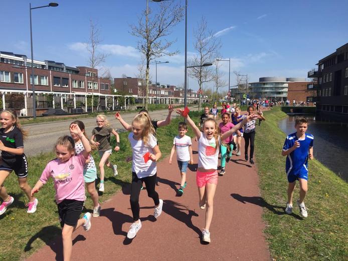 Met de BernadetteRun haalde de Naaldwijkse school ruim 10.000 euro op.