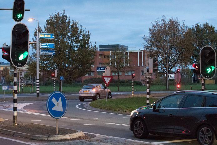 Archiefbeeld van Kruispunt Bos in Raalte, waar de N35 en de N348 samen komen.