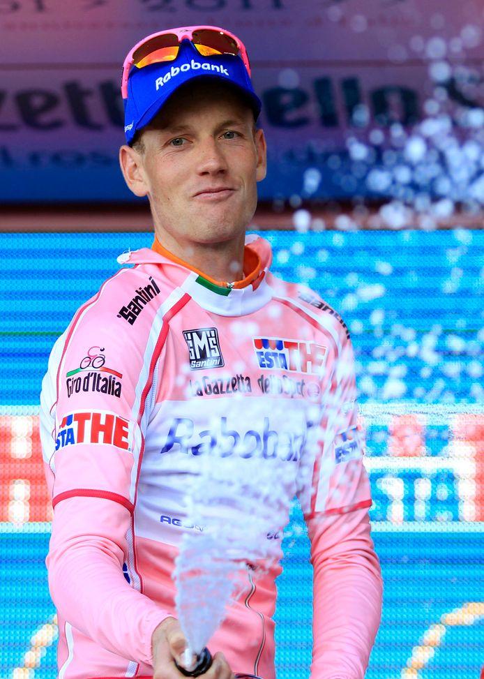 Pieter Weening in de roze trui in 2011.