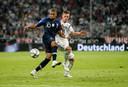 Virgil van Dijk: ,,Zo'n Mbappé verdedigt echt helemaal mee terug.''