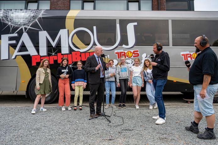 Radio TROS startte de nieuwe rondreis bij de VLEK-basisschool.