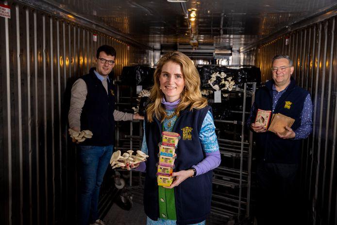 Caroline Vercauteren, die aan de slag gaat in het charcuteriebedrijf BonRill van haar schoonfamilie en daar een veggie-transformatie doorvoert met onder meer veggie boerenworst, op basis van oesterzwammen.