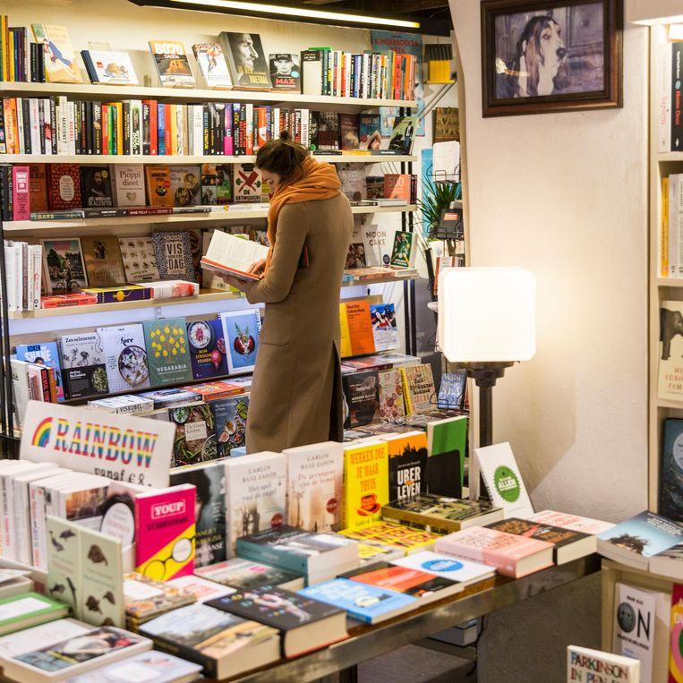 Boekhandel Zwart op Wit in de Utrechtsestraat. Beeld Tammy van Nerum
