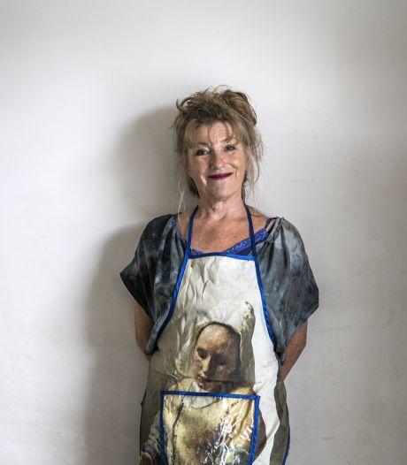 Kookboekenschrijfster Janine Jansen uit De Lutte heeft nog altijd haar Twentse accent