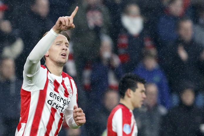 Luuk de Jong met de 1-0 tegen Sparta.