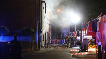Zware woningbrand in Tienen: één bewoner overleden