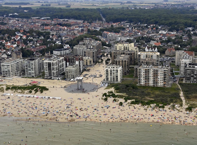 De diefstal vond plaats op het strand van De Panne. (illustratiebeeld)