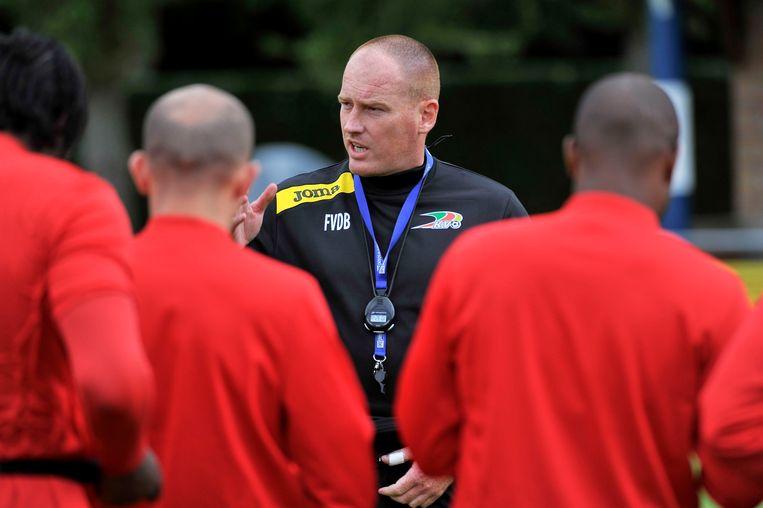 Coach Frederik Vanderbiest legde er meteen de pees op Beeld PHOTO_NEWS