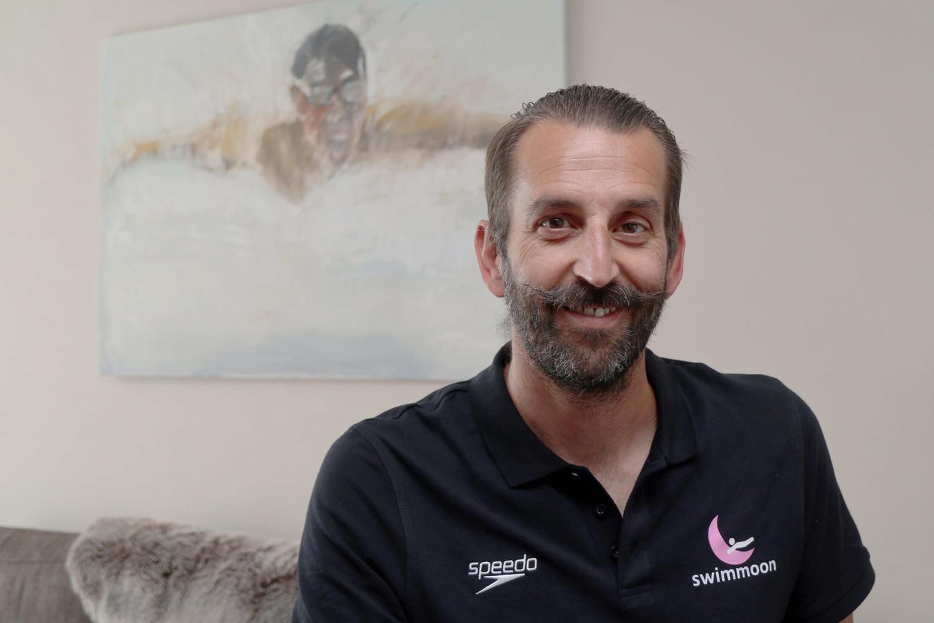 Ex-Olympiër Stefaan Maene begeleidt met Swimmoon zowel zwemmers als triatleten.