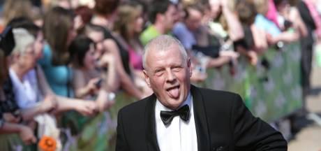'Bij ons in Den Haag' keurig in AD HC, de T. kwam er pas op donderdag mee: 'Wie het laatst lacht...'