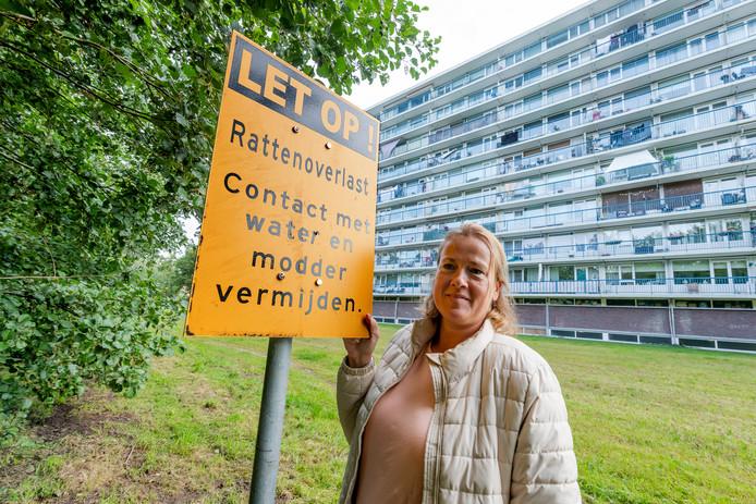 Femke Visscher vindt de aanpak door gemeente van de rattenplaag in Bilthoven 'niet logisch'.