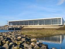 Meedraaiende zonnecellen leveren energie aan nieuw pompstation van waterbedrijf Evides