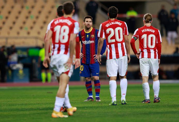 Lionel Messi kreeg afgelopen zondag in zijn 753ste wedstrijd voor FC Barcelona zijn eerste rode kaart.