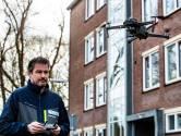 Drone neemt schade op rond flat na verwoestende vuurwerkbom in Deventer: toch meer schade dan eerder gezien